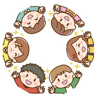 孩子們揮手的集體照