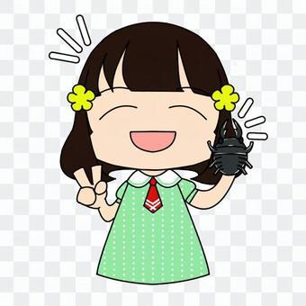 クワガタムシを捕まえた女の子_01