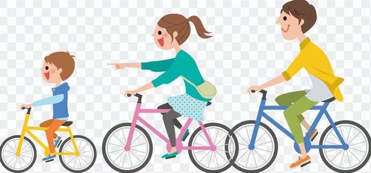 和父母和孩子一起騎自行車