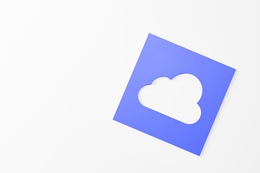紙鏤空成雲狀