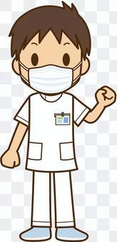 マスクをしている医療従事者:男性