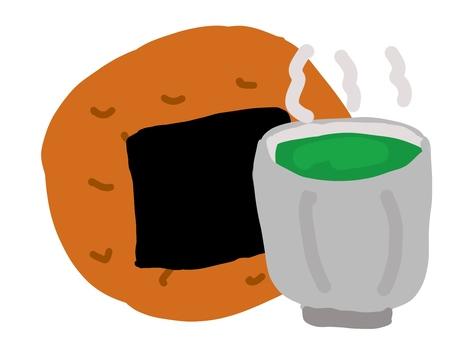 お煎餅とお茶