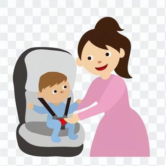 媽媽把嬰兒放在嬰兒座椅上