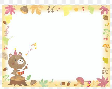 かわいい動物クマ_秋のフレーム