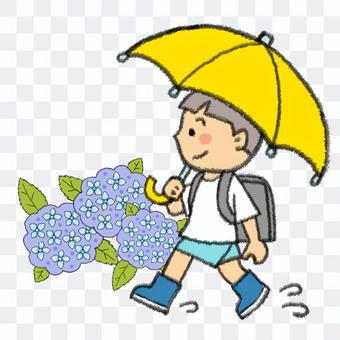 在雨天上學