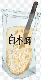 台灣銀耳汁(Shiraki耳朵)