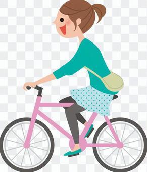 騎自行車的婦女