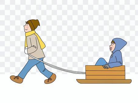 雪橇和男孩
