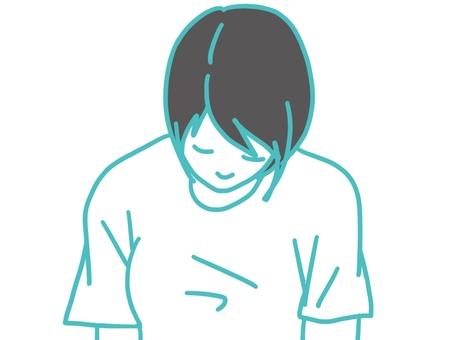 女打瞌睡T恤上身