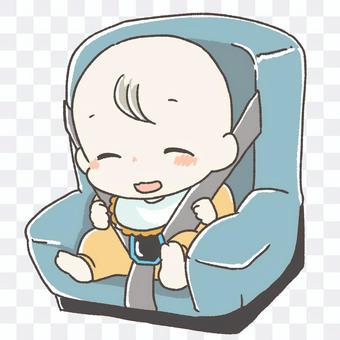 坐在兒童座椅上的嬰兒