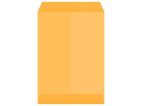 未密封的方形 2 號棕色信封的背面