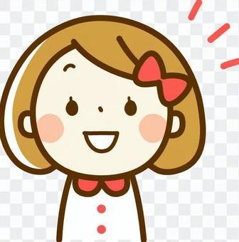 一个微笑的女孩