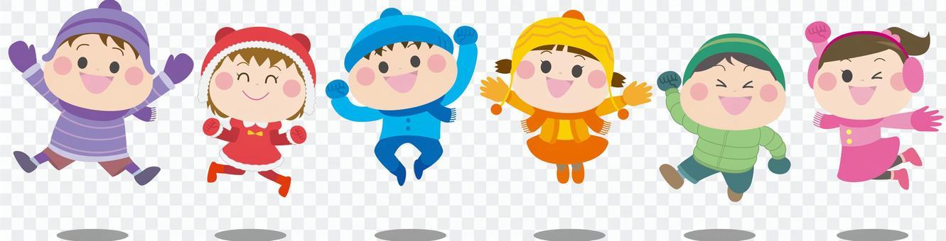 ジャンプする男の子女の子 冬