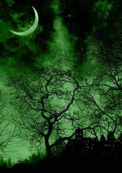 夜晚森林中的城堡和月亮綠色