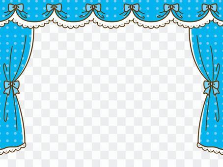 藍色的窗簾