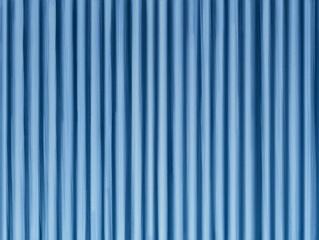 閉合的窗簾藍色