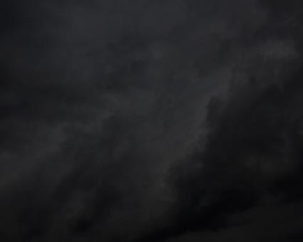 黑暗的天空和clouds_background_texture