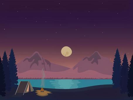 滿月的光線和夜間營地視圖