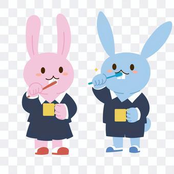一隻兔子刷牙的插圖