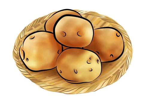 在籃子裡洗過的土豆