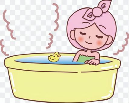 洗澡的女人