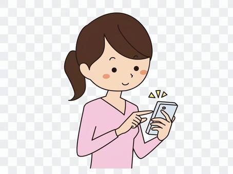 使用智能手機的女人