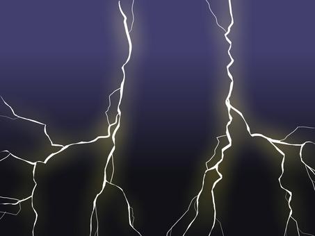 夜空中的閃電