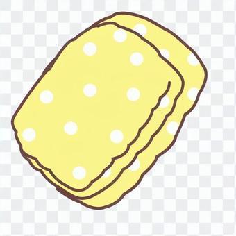 Polka dots towel
