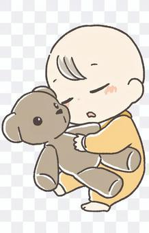 嬰兒睡覺抱著毛絨玩具