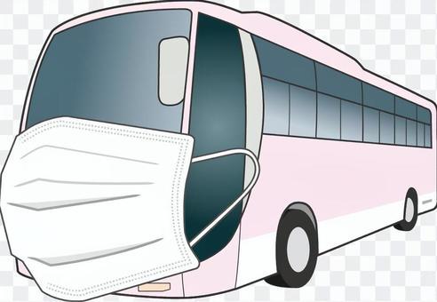 戴著面具的觀光巴士