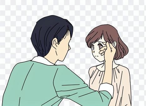 夫婦擦眼淚