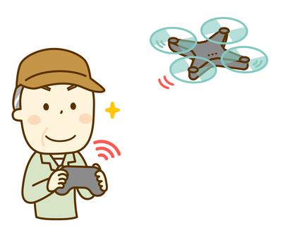 操作無人機的農民叔叔