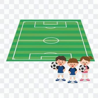サッカーコートと子供たち