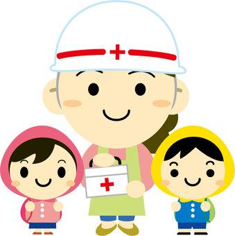 疏散和訓練的兒童和老師