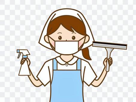 清潔噴霧刮水器工作的女人