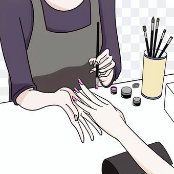 ネイルをする女性