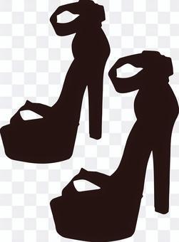 黑色踝帶涼鞋