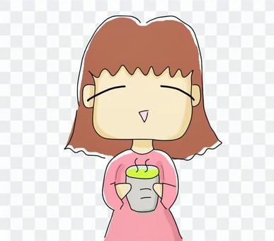 喝日本茶的婦女享受癒合時間