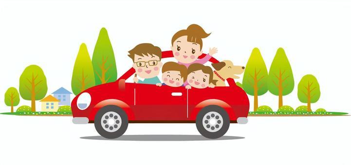 开车带家人的红色汽车